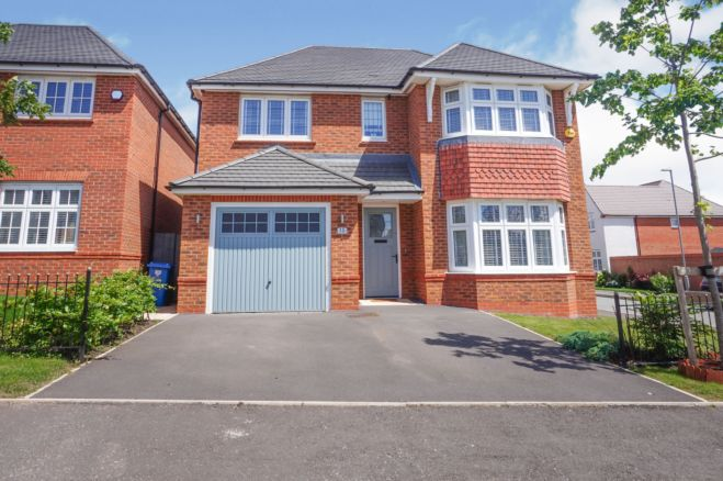 4 Bedroom Detached House For Sale In Treswell Road Liverpool L14 7at