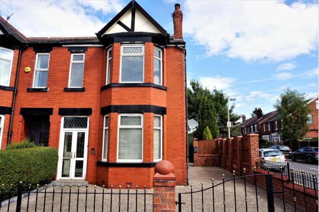 2 Bedroom Apartment To Rent In Compstall Road Stockport SK6 4DB