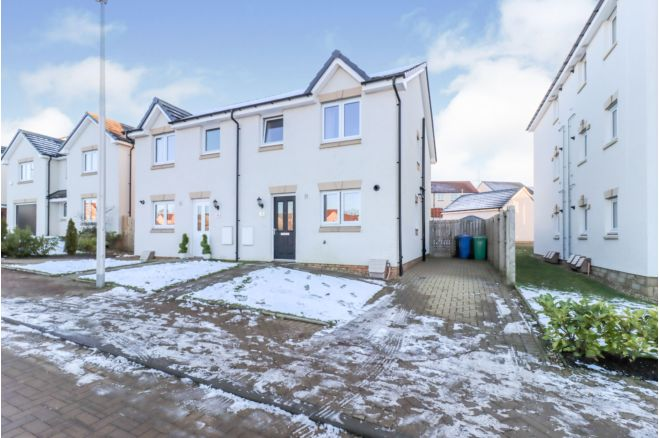 3 Bedroom Semi Detached House For Sale In Blane Crescent Dunfermline Ky11 8zf