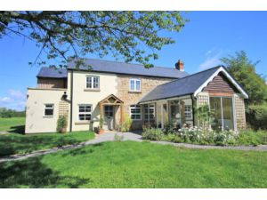 How Does Purplebricks Work >> 4 bedroom detached house for sale in Howle Hill, Ross-on-wye, HR9 5SP